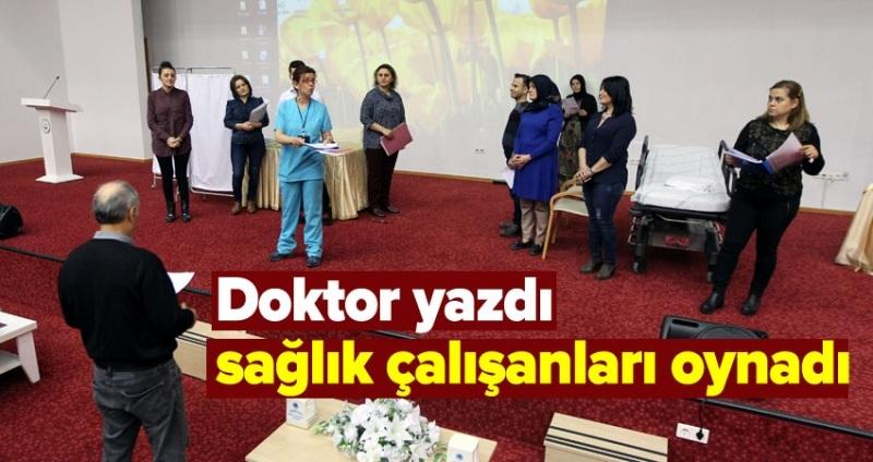 Doktorların yaşadığı sıkıntıları sahneye taşıdı