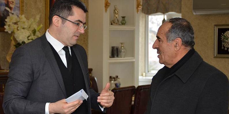 Emekli maaşını Mehmetçik'e bağışladı