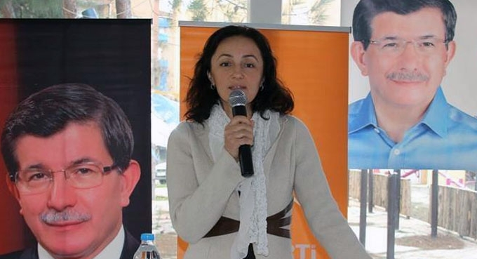 Emine Karaçuha Yılmaz AK Parti'den aday adaylığı başvurusunu yaptı