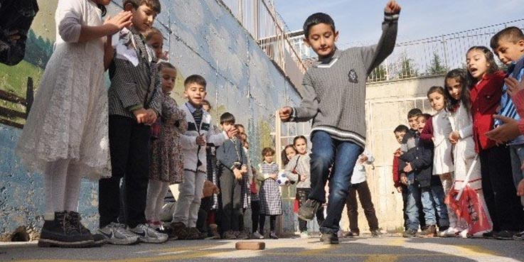 Geleneksel çocuk oyunları motifleri İlkadım'da yaşatılıyor!