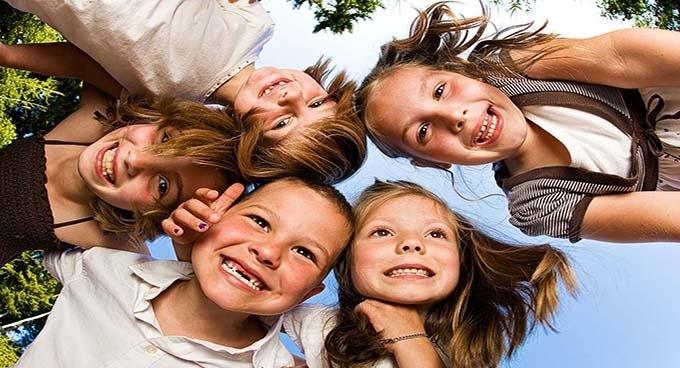 Gençler yaz boyunca hem eğleniyor hem öğreniyor