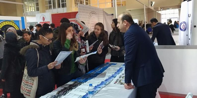 OMÜ Sakarya'da Üniversite adaylarıyla buluştu