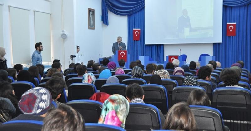 OMÜ'de 'Osmanlı'da Mahalle' konfransı düzenlendi