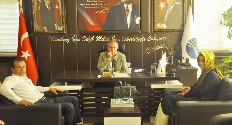 Samsun AK PArti İl Kadın Kolları Başkanı Başkan Belu'u makamında ziyaret etti