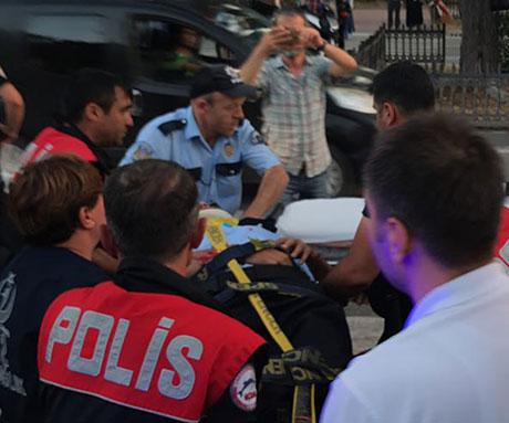 Samsun'da Kamyonet'in Çarptığı Polis Yaralandı