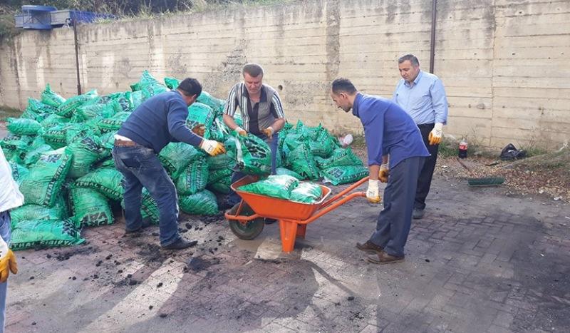 Tekkeköy Belediyesinden yakacak yardımı