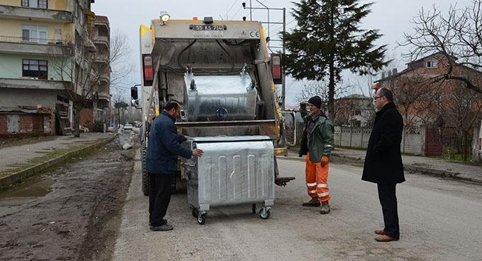 Terme'de çöp konteynerleri yenileniyor