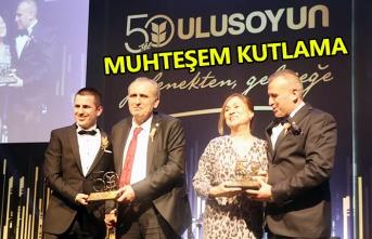Ulusoy Un 50. yılını muhteşem bir gece ile kutladı