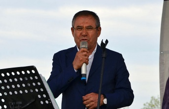 Kemal Zeybek Avut Köyü Hıdırellez şenliğinde konuştu
