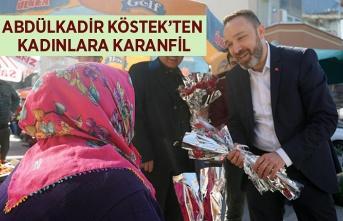 Başkan Köstek'ten Kadınlara Karanfil