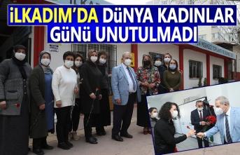 Başkan Demirtaş,Çalışan Kadın Personellerini Gününü Çiçekle Kutladı
