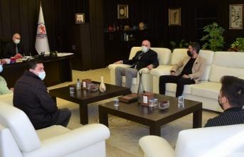Selanik Başkonsolosu Ceylan Rektör Ünal'la Telefonda Görüştü