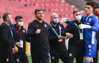 Ertuğrul Sağlam: Biz Süper Lig'e çıkmayı hak ettik