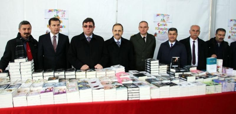 Bafra Belediyesi Kitap Fuarı'na büyük ilgi