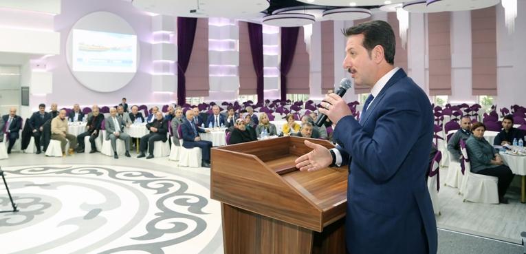 İlkadım Belediye Başkanı Erdoğan Tok muhtarları ağırladı