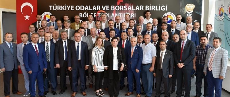 Karadeniz Bölgesi Oda-Borsa Başkanları istişarede bulundu