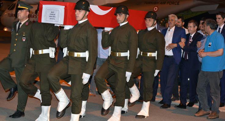 Şehit Onur Tiken'in naaşı Ordu'ya getirildi