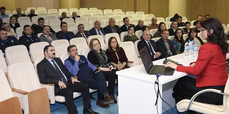 Tekkeköy Belediye personeline hizmet içi eğitim