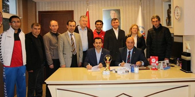 Türkiye Badminton'un Özyurt'a ziyaret