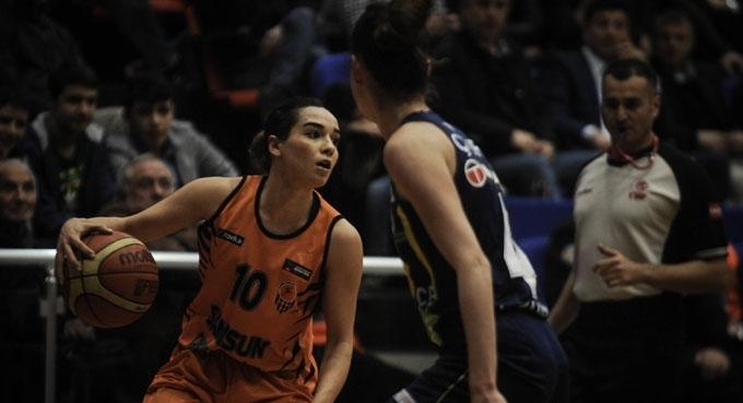 Türkiye Kadınlar Basketbol maçın sonucu Canik Belediyesi:67-Fenerbahçe:106