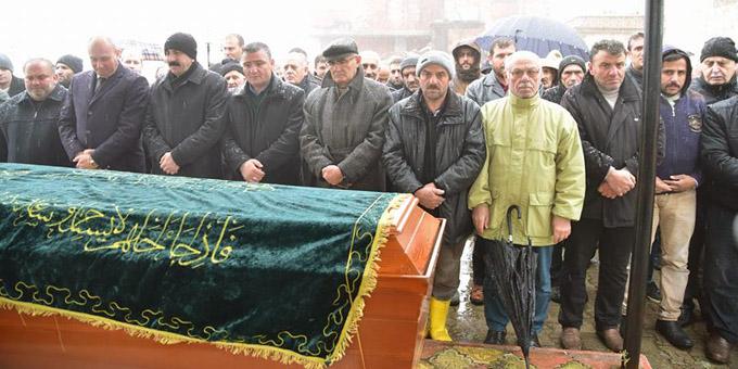 Tramvay kazasında vefat eden Muhammet Tüfek son yolculuğuna uğurlandı