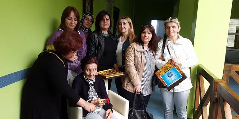 Türk Eğitim-Sen şehit annelerini yılın annesi ilan etti