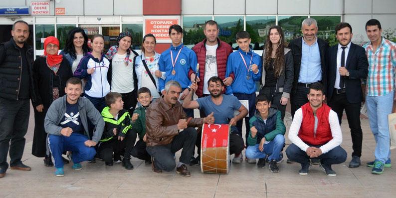 Türkiye Şampiyonlarını Samsun Otogarında karşıladılar