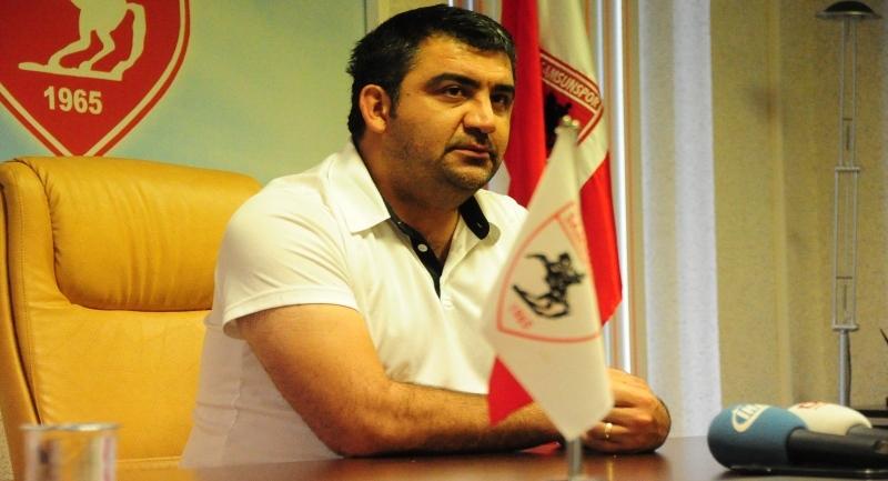 Ümit Özat haftalık basın toplantısını gerçekleştirdi