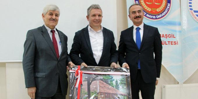 Ünlü spor spikeri Erdoğan Arıkan OMÜ'de
