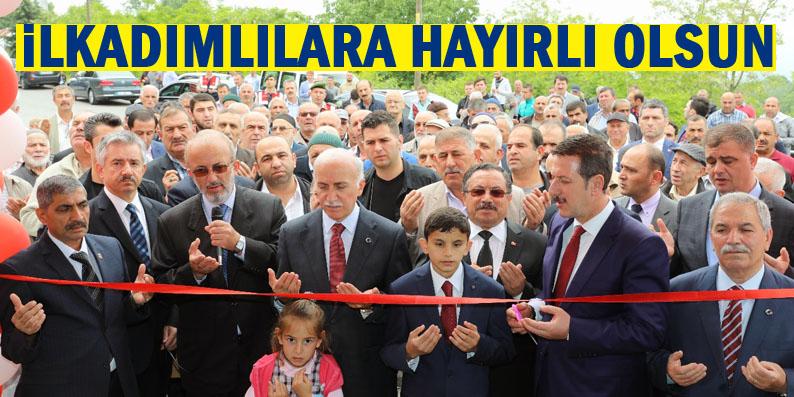 Uzgur Camii ibadete açıldı
