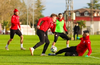 Samsunspor Ankaraspor maçı hazırlıkları sürüyor