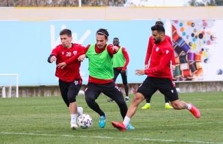 Samsunspor Akhisarspor maçı hazırlıkları sürüyor